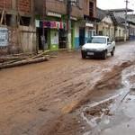 Chuva provoca alagamentos em Matipó
