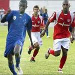 Cruzeiro e Uberaba empatam em jogo ríspido