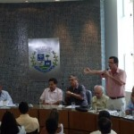 Reunião com diretor do DNIT na Câmara Municipal de Carangola.