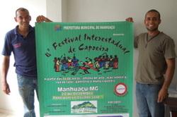 Professor Carmélio (E) e Mestre Zói acreditam no sucesso do Festival de Capoeira