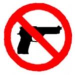 Preso por porte ilegal de arma de fogo.