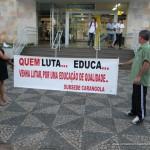 Professores da rede Estadual de Ensino fazem manifestação em frente a Superintendência Regional de Ensino de Carangola