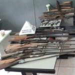 PM apreende de armas de fogo, munições e remédios sem nota fiscal