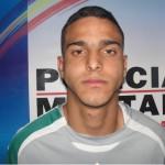 """Homem acusado de ser o """"patrão"""" do tráfico no Bairro Santa Rita é preso pela polícia."""