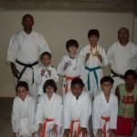Alunos do Cabo Roriz ganham medalhas em Campeonato de Karatê.
