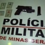 MANHUAÇU – PM prende suspeitos de tráfico de drogas e assalto á Banco.
