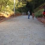 Manhumirim - Mais duas Ruas estão  recebendo calçamento.