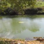 Veículo Gol de Campos dos Goytacazes caiu no Rio Carangola na RJ220 em Natividade. Continuam as buscas por provável vítima.