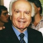 Faleceu esta tarde o ex-prefeito de Carangola Dr.Fernando Costa.