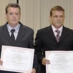 Liminar no TRE-MG mantém prefeito e vice de Chalé nos cargos.