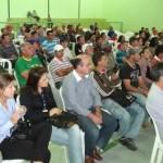 Dia de Campo reúne produtores em Luisburgo.