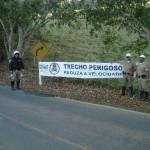 Policia Rodoviária Estadual faz campanha de prevenção de acidentes.