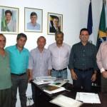 Prefeito de  Manhuaçu recebe visita do Diretor do Detel.