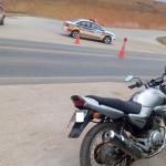 Policia Militar Rodoviária e Policia Ambiental recuperam motocicleta com chassis raspado.