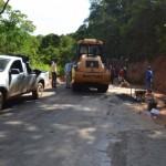 Manhuaçu-Prefeeitura leva asfalto ao Coqueiro Rural.