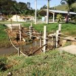 Construção de passarelas de concreto para acesso ao Parque Municipal São João.