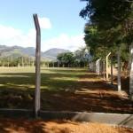 Construção do alambrado em torno do Campo de Futebol da Comunidade do São Bento.