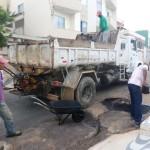 Manhuaçu - Operação tapa buracos foi interrompida momentaneamente.
