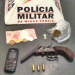 Adolescente é apreendido com garrucha, munição e droga em Carangola.
