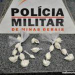 Jovem é flagrado com cocaína em Faria Lemos.