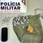 Fervedouro: PM apreende crack e 4 suspeitos são detidos.