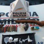 Policia Militar de Carangola prende pai e filho por posse ilegal de arma de fogo em S.Manoel do Boi.
