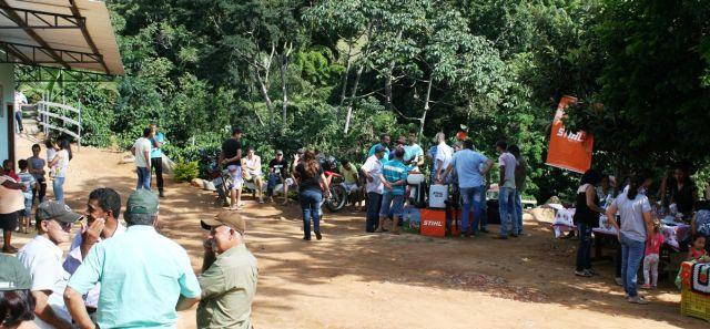 Manhuaçu-Dia de Campo movimenta Comunidade dos Diniz.