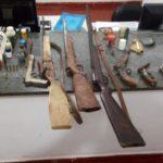 Homem é preso pela PM com 7 armas de fogo e diversas munições em São Francisco do Gloria.