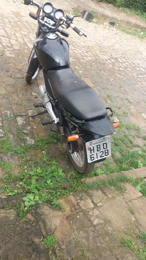 PM de Carangola age com rapidez, recuperando motocicleta  furtada e prendendo autores do crime.