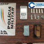 PM de Carangola prende cidadão por tráfico de drogas.