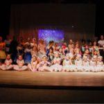 Escola de Ballet Pollydiana Salazar encerra 2018 com chave-de-ouro.