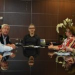 Governador Romeu Zema recebe representantes das Apaes de Minas Gerais.