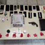"""""""Operação Cavalo de Tróia"""" 75ª Cia PM prende pessoas ligadas ao tráfico e apreende armas, munições e dinheiro em Carangola."""