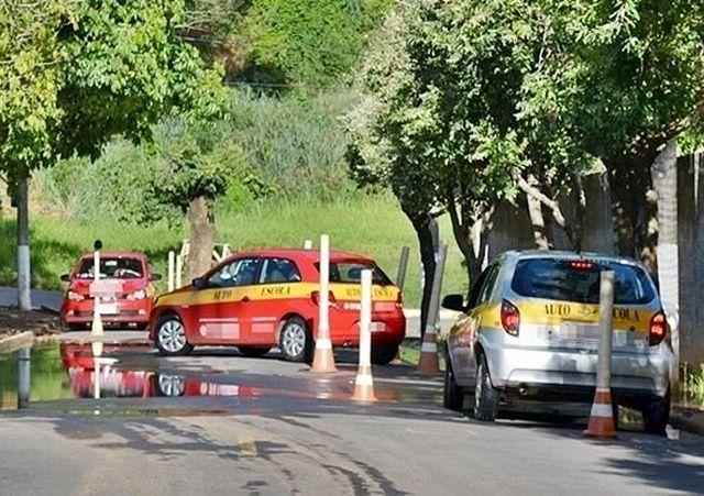 Detran-MG suspende teste de direção, legislação e outros serviços.