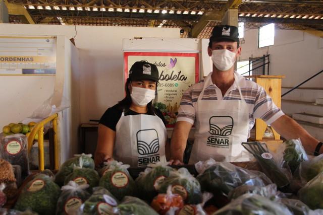 Feira Segura em Carangola agrada produtores e consumidores.